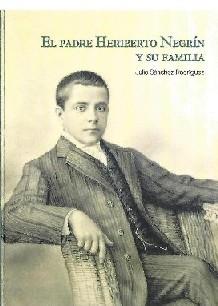 El padre Heriberto Negrín y su familia
